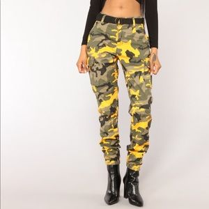HIGH RISE FASHION NOVA JOGGERS